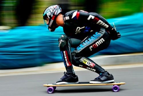 mischo-erban-downhill-longboarding.jpg
