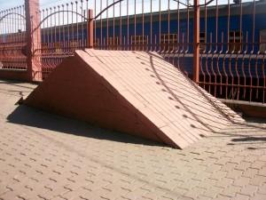 Пирамидка. Вид слева